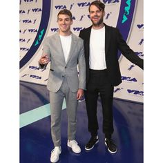 "252k Likes, 745 Comments - The Chainsmokers (@thechainsmokers) on Instagram: ""Thanks for having us @mtv"""