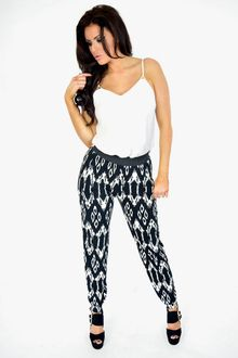 Aztec Autumn Trousers | Black & white | Ladies Clothing Fashion Aztec Pants, Harem Pants, Trousers, That Look, Leggings, Autumn, Fashion Outfits, Black And White, Lady