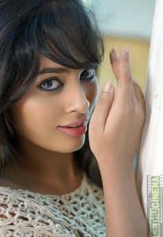 Nandita Swetha is an Indian film actress, who predominantly appears in Tamil & Telugu films. Hollywood Actress Wallpaper, Hollywood Actress Name List, Most Beautiful Hollywood Actress, Hollywood Girls, Hollywood Heroines, Hollywood Actor, Hollywood Actresses, Indian Film Actress, South Indian Actress