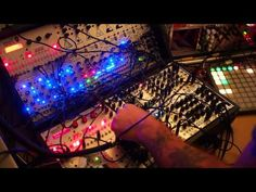 Chris Randall – Bounce (Live Techno Jam) » Synthtopia
