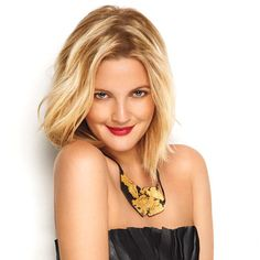Drew Barrymore looking really pretty! Huge fan of Drew's! Love the color and cut.