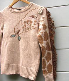 Giraffe sweater. I must have. Omg. Slahdhjdkaksshshhahkkxdskllla.... Thank you @KatieWipfli
