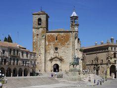 Église Saint-Martin à Trujillo (Estrémadure) en Espagne