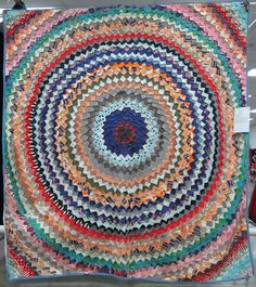 Deb Rowden's Thrift Shop Quilts: Jean's Pine Burr