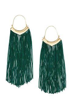 Fringed earrings: Metal earrings with long fabric fringes. Tassel Earrings Outfit, Tassel Earing, Fringe Earrings, Dangle Earrings, Brass Jewelry, Leather Jewelry, Rosalie, H&m Fashion, Fasion