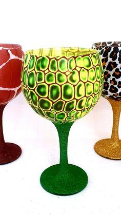 Gin Glasses, Glitter Wine Glasses, Sell On Etsy, My Etsy Shop, Crocodile Skin, Giraffe Print, Champagne Flutes, Diy Home Crafts, Handmade Decorations
