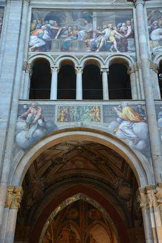 Lattanzio Gambara   Vita di Cristo 1530 Sopra la quadrifora del matroneo e nell'arco sempre di L.G. episodi dell'Antico Testamento - Cappella Valeri 1426 affreschi tardogotici - dietro l'arco a sesto acuto