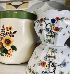 Vintage Kitchenware, Floral Designs, Christmas Gifts, Gift Ideas, Style, Xmas Gifts, Swag, Christmas Presents, Outfits