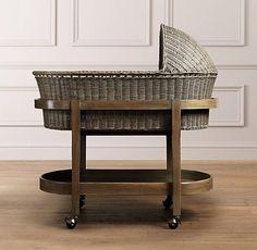 9 minicunas y moisés actuales llenas de encanto Check more at http://decoracionbebes.com/9-minicunas-y-moises-actuales-llenas-de-encanto/