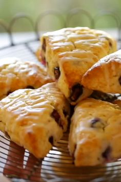 Incredibly flakey blueberry scones with easy lemon glaze! So easy to make and pop in your freezer and then bake off as needed! A wonderful brunch recipe to feed a crowd! Includes all my tips for getting the lightest, flakiest scone! Brunch Recipes, Breakfast Recipes, Snack Recipes, Cooking Recipes, Snacks, Blueberry Lemon Scones, Homemade Biscuits, Kitchen Recipes, Creative Food