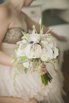 Hey Gorgeous bouquet, photography by Elizabeth In Love