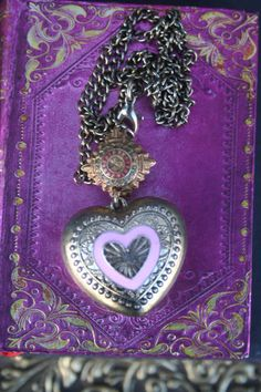 Ex Voto heart necklace unique assemblage jewelry Religious Funky Jewelry, Unusual Jewelry, I Love Jewelry, Vintage Jewelry, Handmade Necklaces, Handmade Jewelry, Angel Earrings, Gold Accessories, Christmas Gifts For Her