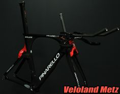 Pinarello Bolide, kit cadre 10999€. https://www.facebook.com/pages/Veloland-Metz/169721311591