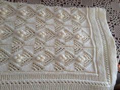 Embroidered baby blanket in white  Κεντημένη κουβερτούλα για μωρά σε άσπρο Baby Blankets, Baby Items, Knit Crochet, Crochet Patterns, Knitting, Crochet Chart, Tricot, Crotchet Patterns, Cast On Knitting