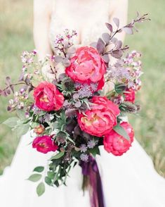 Peony wedding bouquet   Photography by Jenny King Photography