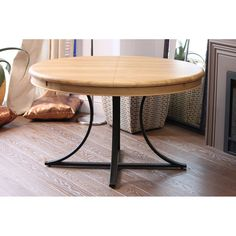 PRODUCTS :: LIVING AND DESIGN :: Furniture :: Tables :: Oval folding table