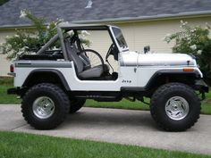 "In 1990 Jeep Wrangler was released in 5 different versions, 1 of which are in a body ""Convertible SUV"". Description from zombiedrive.com. I searched for this on bing.com/images"