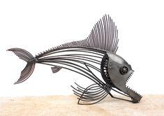 steel art Body Jewelry and Today's Stars Article Body: Body jewelry and body piercing practices have Metal Art Sculpture, Fish Sculpture, Sculpture Ideas, Garden Sculpture, Recycled Metal Art, Scrap Metal Art, Steampunk Animals, Cutlery Art, Metal Fish