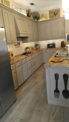 How To Decorate Above Kitchen Cabinets Painted With Reclaim Beyond Paint In Pebble Cerim Elite Gray Porcelain Tile