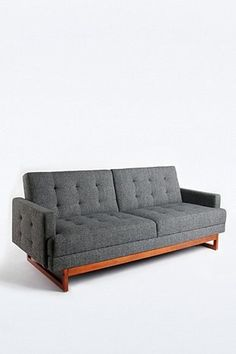 Either Or Sofa in Grau - Urban Outfitters