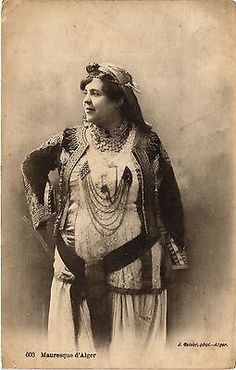 Algerian woman from Algiers