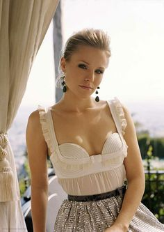 Kristen Bell in a fantastic top and sequins skirt.