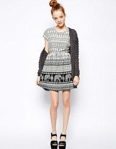Image 4 ofNew Look Petite Elephant Print Waisted Dress