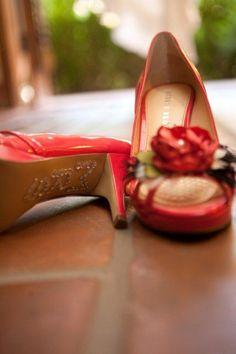 Great shoe!      http://www.a-dreamwedding.com/