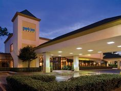Houston (TX) PARK INN BY RADISSON HOUSTON NORTH HOTEL AND CONFERENCE CENTER United States, North America Ideally located in the prime touristic area of North Houston, PARK INN BY RADISSON HOUSTON NORTH HOTEL AND CONFE promises a relaxing and wonderful visit. Both business travelers and tourists can enjoy the hotel's facilities and services. 24-hour front desk, facilities for disabled guests, luggage storage, Wi-Fi in public areas, car park are just some of the facilities on of...