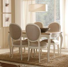 Mesa de comedor Maison con sillas Maison blancas