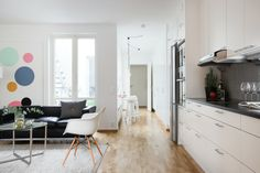 fastighetsbyran, http://trendesso.blogspot.sk/2014/02/light-scandinavian-apartment-svetly.html