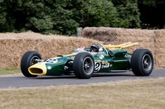 Lotus 38 Ford (Chassis 38/1 - 2010 Goodwood Festival of Speed) The Lotus 38 was driven by Jimmy Clark to a win at the Indy %00 in 1965 with an offset suspension for the left turn only track.