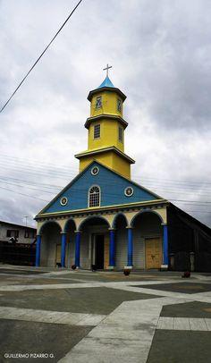 Iglesia de Chonchi: San Carlos de Borromeo.  Chiloé