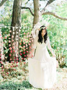 Whimsical Garden-Inspired Bridal Shower: http://www.stylemepretty.com/little-black-book-blog/2015/03/23/whimsical-garden-inspired-bridal-shower/ | Photography: Honey Honey Photography: http://www.hoooney.com/
