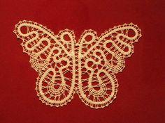 Bobbin Lace Patterns, Crochet Necklace, Butterfly, Knitting, Craft, Needlepoint, Bobbin Lacemaking, Romanian Lace, Irish Crochet