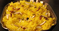 MEETHE CHAWAL This sweet Punjabi dish is cooked for special occasions where rice is mixed with sugar syrup, saffron, and dry fruits. It is generally eaten warm and garnished with dry fruits like almonds, cashew nuts, and raisins.