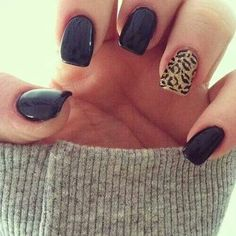 nail design. Can go with everything!