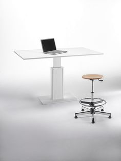 Tecnus workstation. Made in Italy by Emme Italia.