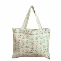 Cute Snoopy tote bag is great for carrying your groceries or any personal items that you see fit.