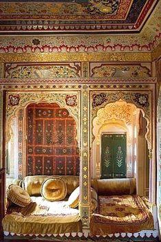 Heavely ornated interior of the Patwa Haveli, Jaisalmer, Rajasthan, India #ancientarchitecture India Travel Zugang zu unserem Blog finden Sie viel mehr Informationen http://storelatina.com/india/travelling #vcacionesindia #vacacionesindian #travelindian