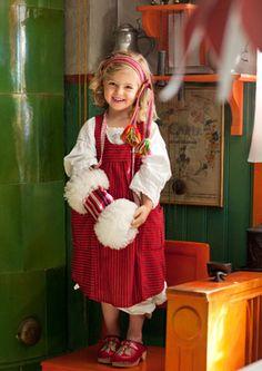 Modern Folklore Design by Gudrun Sjöden. Sweden