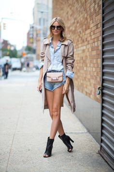 The best New York street style to inspire your fall wardrobe.