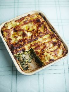 Jamie Oliver's spinach lasagne recipe is a delicious and healthy vegetarian dinner, it's packed with veg so it's a great way of getting your five a day.