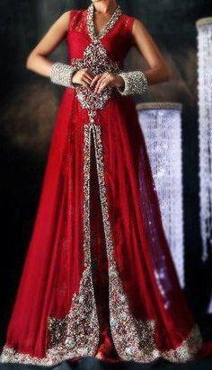 Soma Sengupta Indian Bridal- So Gold, So Red!
