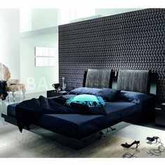 Rossetto USA Diamond Platform Bed in Black by Rosetto