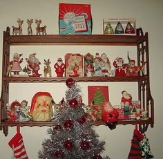 Wow check this beautiful old fashioned photos. Christmas Booth, Christmas Lanterns, Christmas Past, Christmas Items, Christmas Displays, Retro Christmas Decorations, Antique Christmas Ornaments, Vintage Christmas Cards, Vintage Holiday