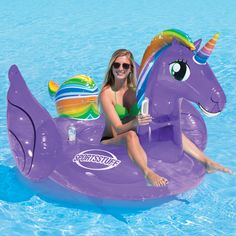 Take a ride on the Sportstuff magical unicorn, and have an enchanting experience floating around your pool. Cute Pool Floats, Giant Pool Floats, Swimming Pool House, Swimming Pools, Cool Floaties, Yamaha Waverunner, Diy Pool, Pool Fun, Pool Accessories