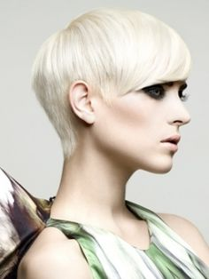 bleach blond pixie I wish.....her #hair & #makeup