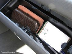 Who Else Wants This amazing Car repair Funny For Car Interior seems to be 100 % brilliant, need to keep this in mind the very next time I've a chunk. Car Cleaning, Cleaning Hacks, Car Reg, Stencils, Clean Your Car, Car Hacks, Diy Car, Organization Hacks, Organizing Tips
