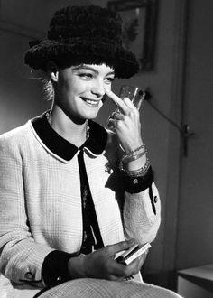 Romy Schneider, Alicia Vikander, Sissi, Cannes, Coco Chanel Fashion, Nostalgia, Mode Chanel, Alain Delon, Marlene Dietrich
